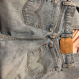 Vintage Levi 560 jeans